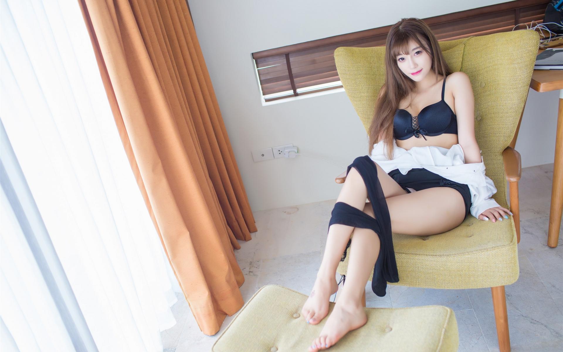 4K专区,丝袜美腿,,性感,,美腿,,妩媚,诱惑