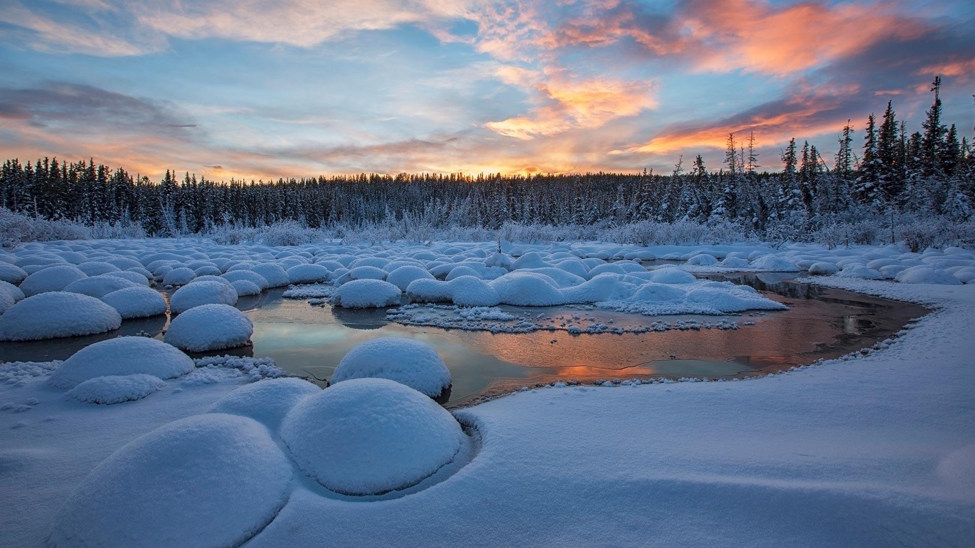 风景大片,冰天雪地,晚霞,河流,大学,树林,晚霞