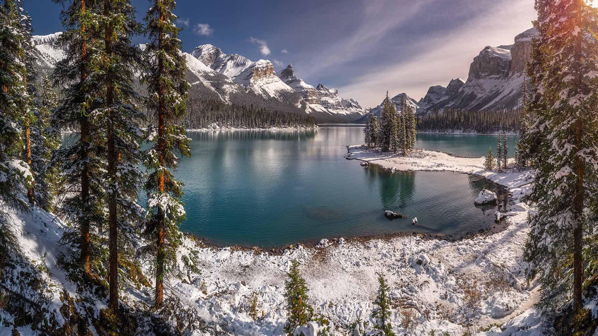 风景大片,冰天雪地,湖,安静,雪山,树林