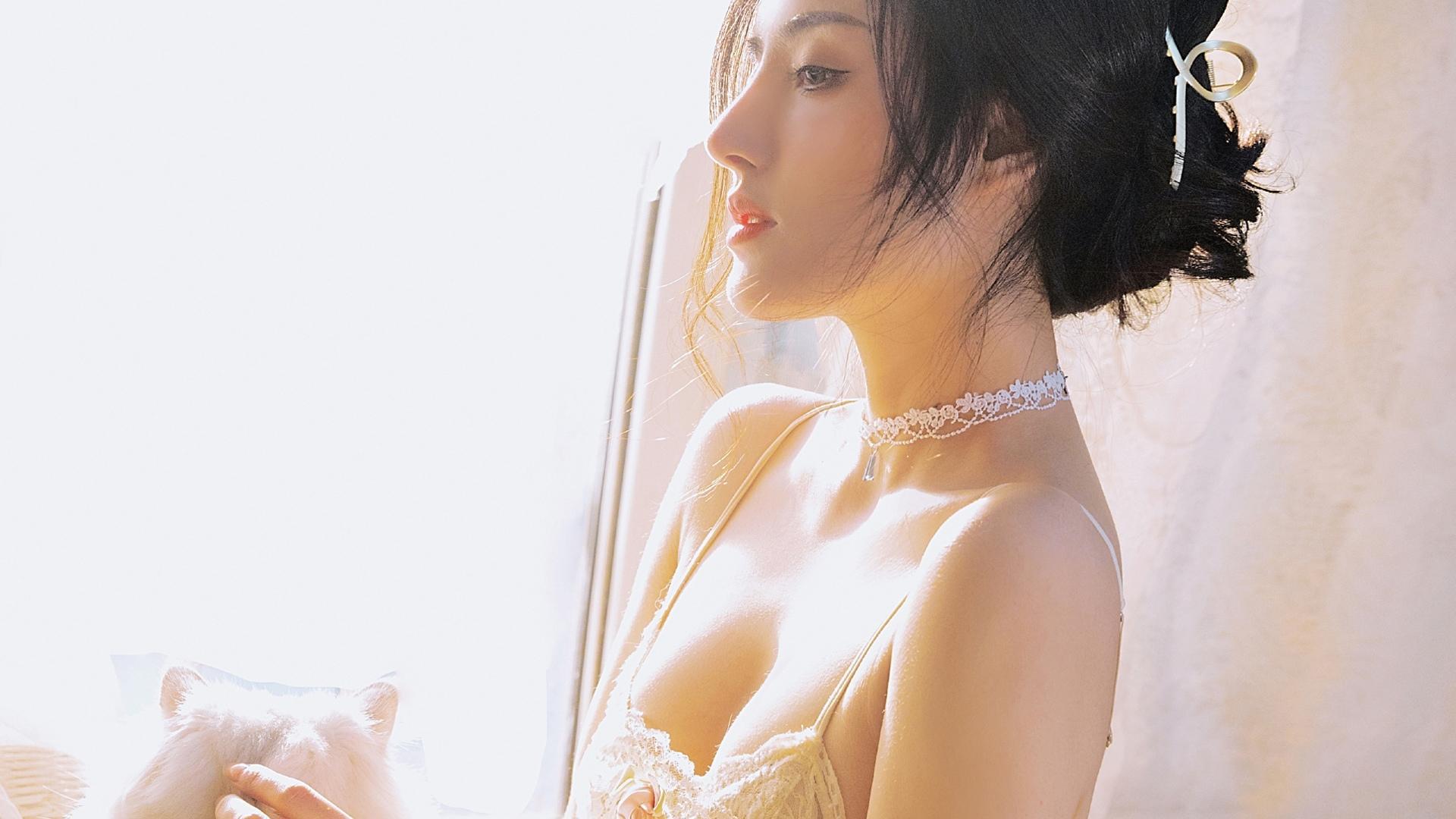 美女模特,性感女神,美肩,长发,婚纱,阳光