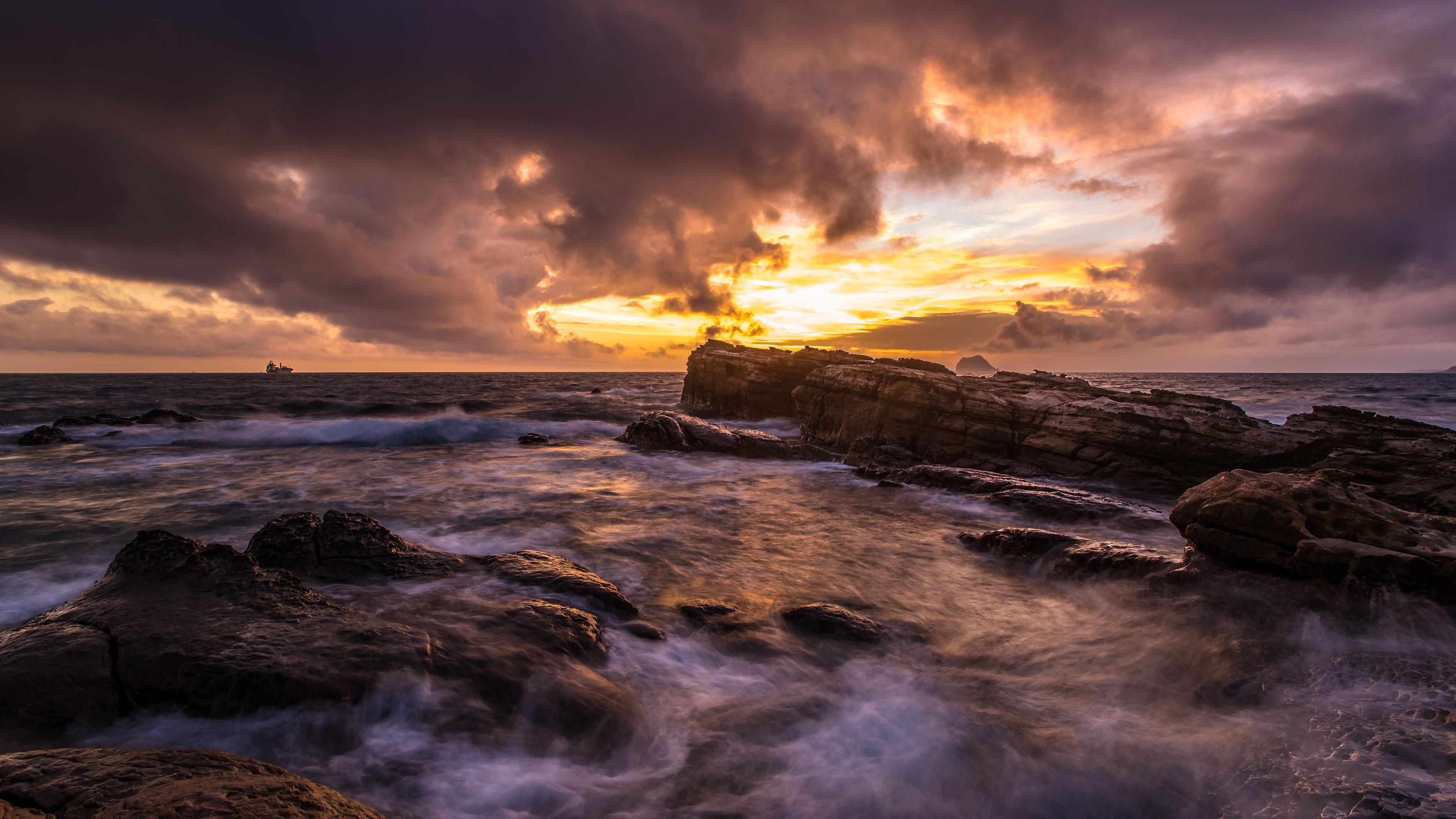 风景大片,海洋天堂,黄昏,礁石,海浪,波涛汹涌
