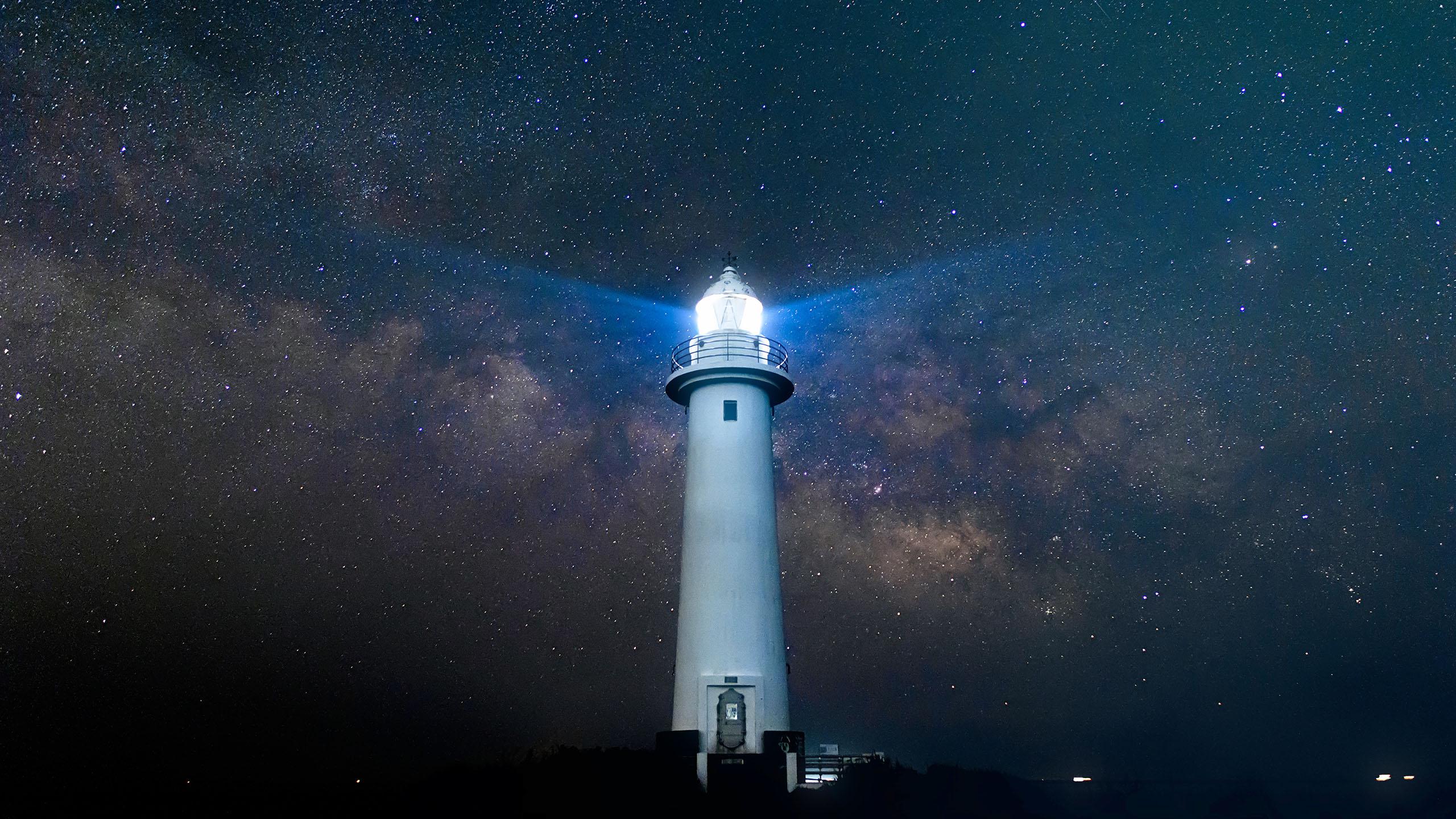 风景大片,城市夜景,灯塔,星空
