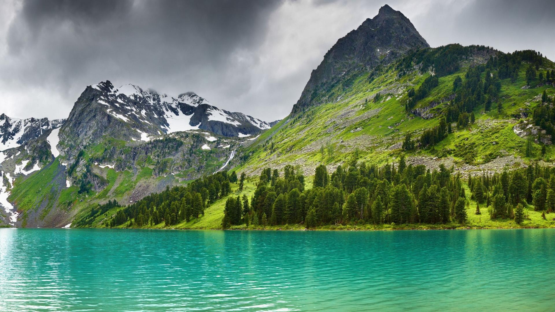 风景大片,自然风光,雪山,碧湖