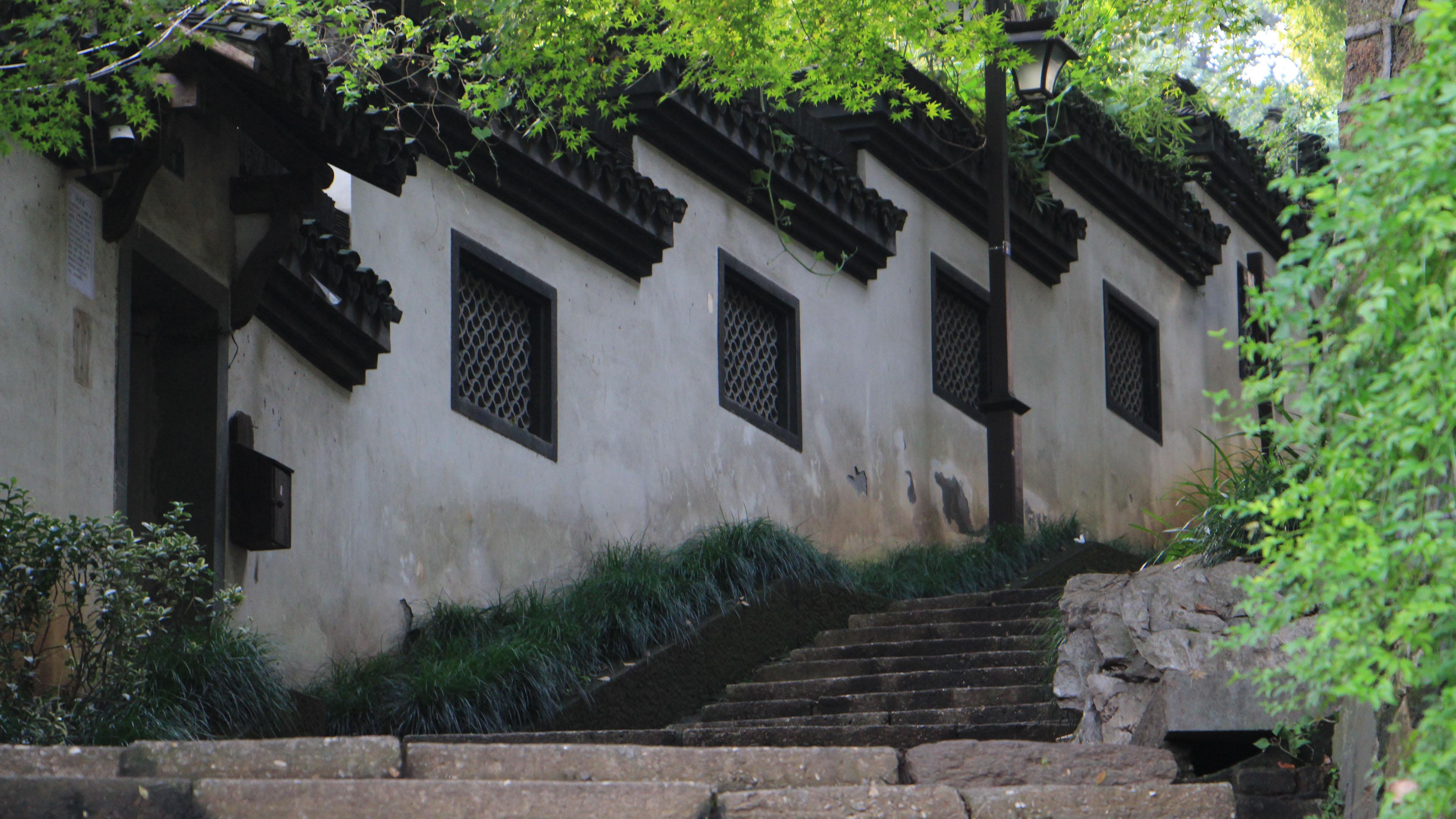 风景大片,城市夜景,中式建筑,台阶,院墙
